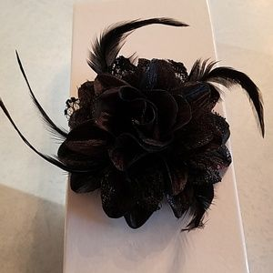 3 hair accessories never used
